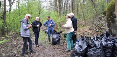 Podsumowanie akcji sprzątania lasu Kamionka