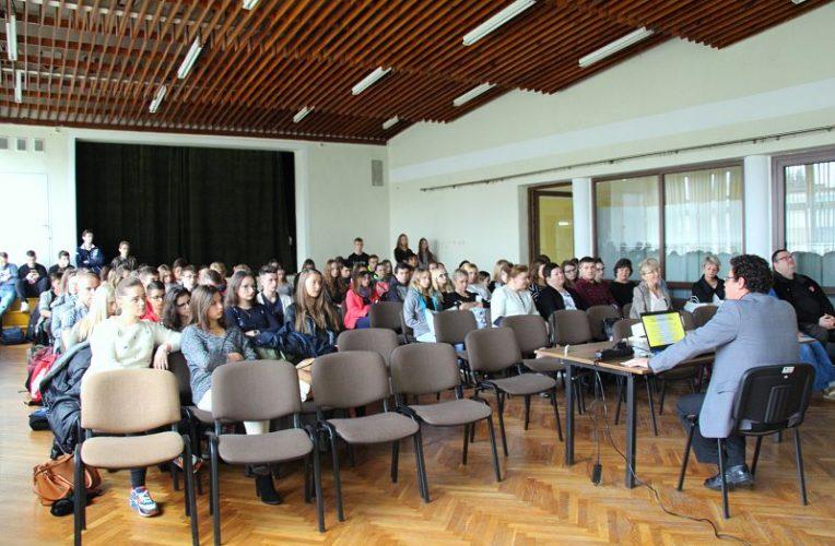 Od szkoły rosyjskiej do szkoły polskiej