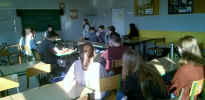 Zaczynamy przygodę z debatowaniem w Zespole Szkół z Oddziałami Sportowymi nr 1 w Poznaniu